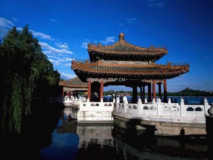 北京双飞五日游(普通特惠团)