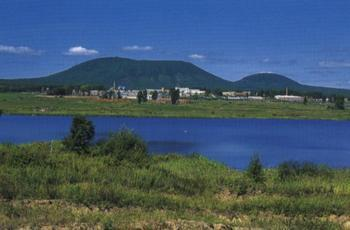 东北旅游老年团:吉林长白山、松花湖、牡丹江、哈尔滨双卧9日游