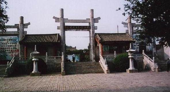 哈尔滨出发到西安兵马俑华清池、华山乾陵、法门寺、明城墙6日游