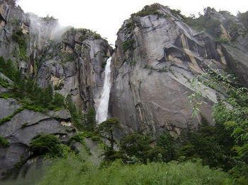 西藏游品旅行社特推 拉萨-林芝-大峡谷 三天两晚林芝深度游