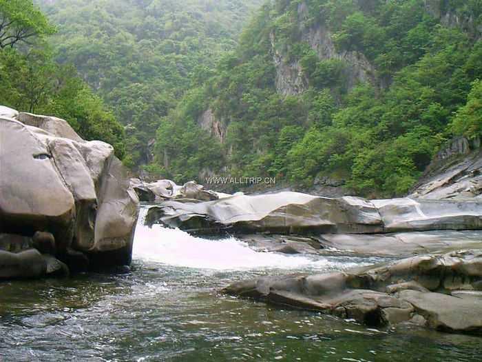 桂林双飞五日游——2009年情人节情侣线路推荐