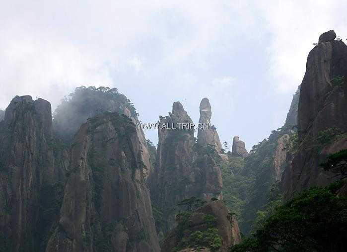 春节宁波出发到三清山、景德镇、龙游石窟经典三日G三清山旅游