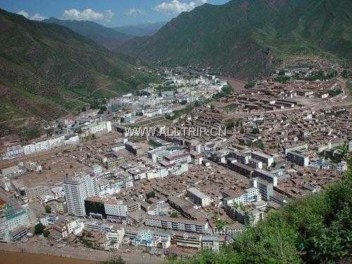 西藏火车团十日旅游价钱:青藏铁路广州拉萨纳木措日喀则双卧十日游攻略