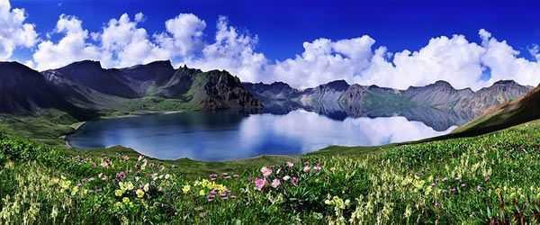 珠海出发到东北沈阳、安图、长白山、延吉、哈尔滨双飞五日秋色休闲美食游(传统经典线路)