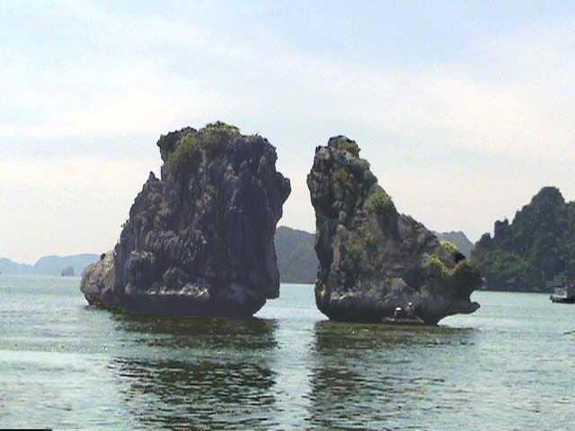 广西南宁、德天、通灵、北海、神秘越南(东兴护照)双飞8日游