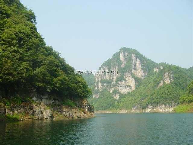 杭州去贵州旅游要多少钱_贵州镇远古镇、西江千户苗寨5日半自游