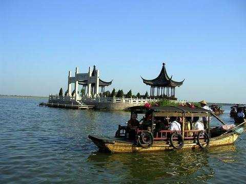 哈尔滨出发到华东五市+黄山+千岛湖中心岛+三水乡古镇8日游