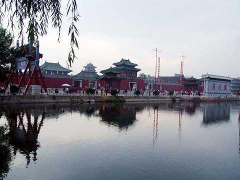 河南旅游景点:龙门石窟、少林寺、开封铁塔、包公祠高卧4日旅游