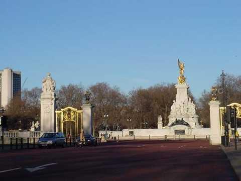 北京到英国、伦敦、冰岛、爱尔兰雷克雅未克、爱丁堡14天旅游