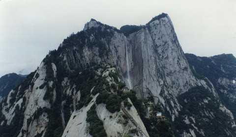 西安旅游:兵马俑、华清池、华山、大雁塔、明城墙双卧五日游