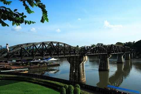 韩国旅游:南山公园、景福宫、青瓦台、华克山庄首尔N塔6日旅游