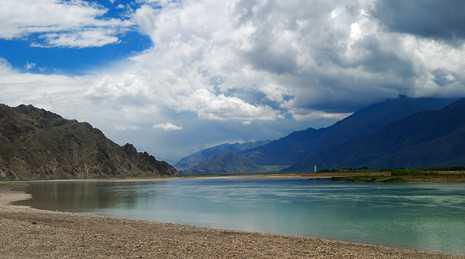 拉萨、羊八井双卧观光七日/从郑州到西藏旅游/去西藏旅游的最好时间/拉萨、羊八井旅游/河南到拉萨、羊八井/拉萨、羊八井旅游线路 费用 价格 旅游图片 旅游注意事项