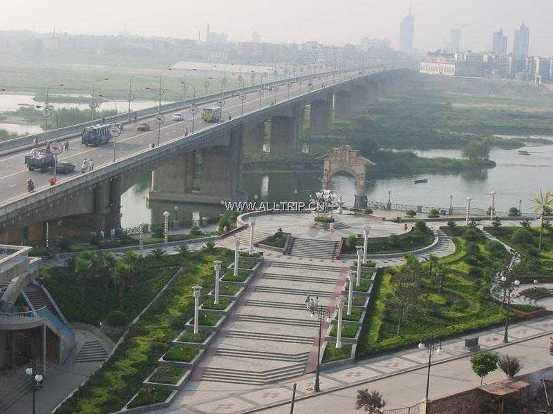 武汉到襄樊旅游 驾入名门-襄阳行2日游