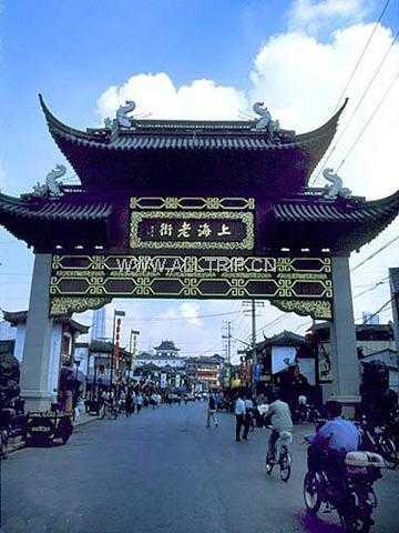 华东三市、船游西湖、夜宿西塘+漫步南浔水乡双飞四日纯玩游D线