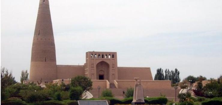 乌鲁木齐、天池、吐鲁番、喀纳斯双飞七日游