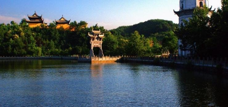 沈阳出发到上海迪士尼华东四市+乌镇西栅、南浔双飞6日游