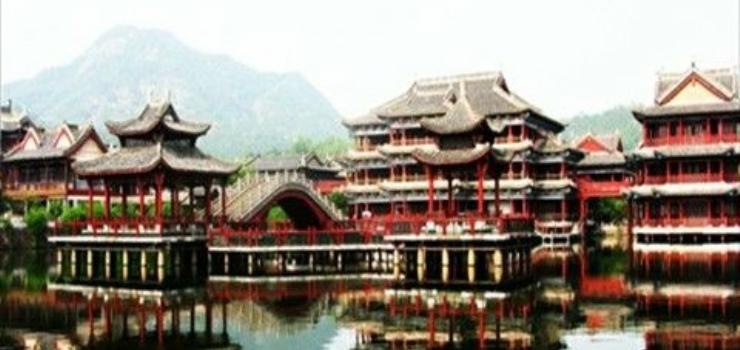 长沙出发游长春长白山、送横店+杭州七日旅游线路