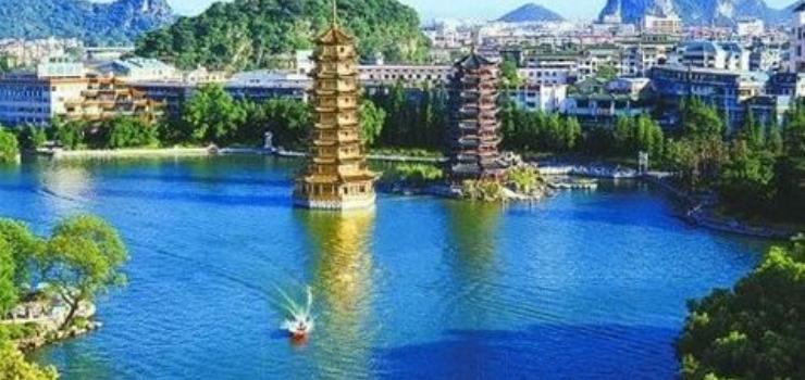哈尔滨出发到广西、南宁、北海、德天瀑布、通灵大峡谷、桂林9日游