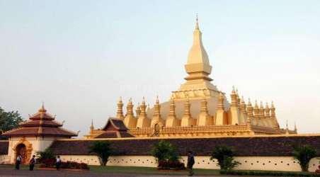 塔銮是一座老挝人引以自豪的风格独具的建筑物