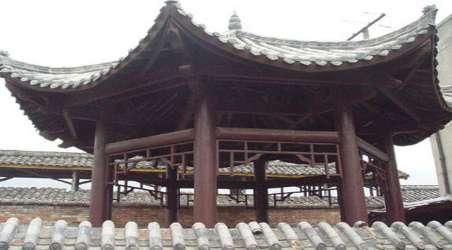 全程旅游网首页 辽宁 葫芦岛旅游 景点 八角井