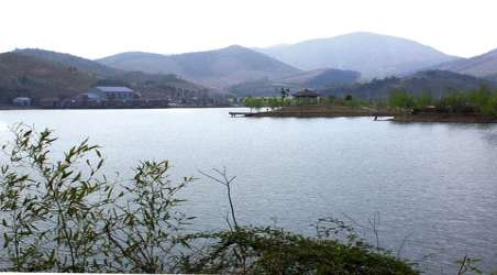 全程旅游网首页 广东 清远旅游 景点 桃花湖  分享到: 所属地区: 景点